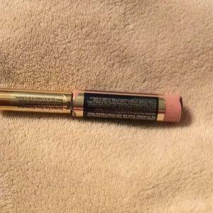 SeneGence Makeup - Lipsense Bravo